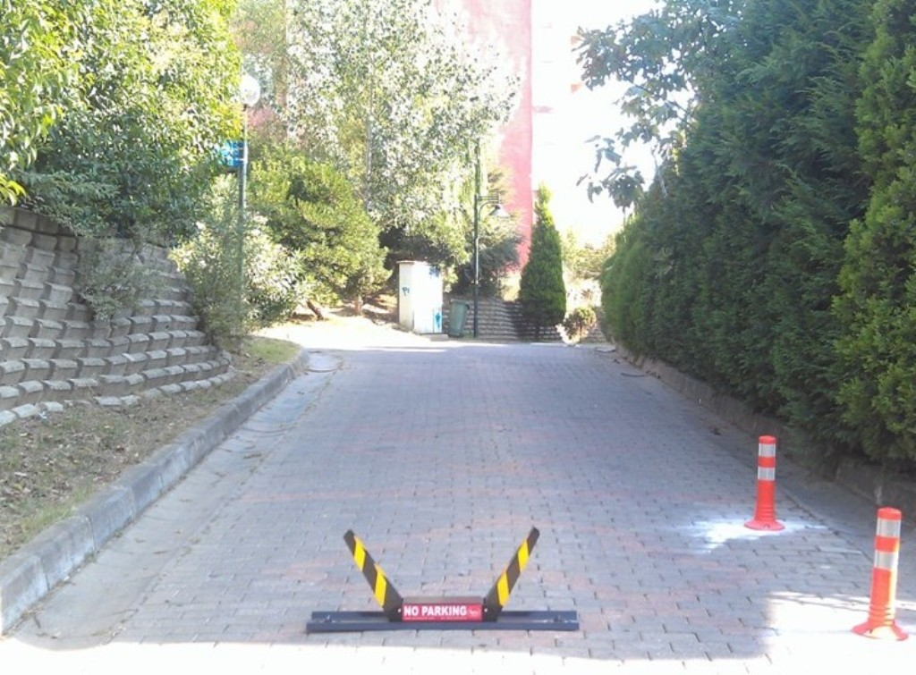 Road Blocker Barrier-Cadde_Sokak_Bariyeri-New-Road-Blocker_K01